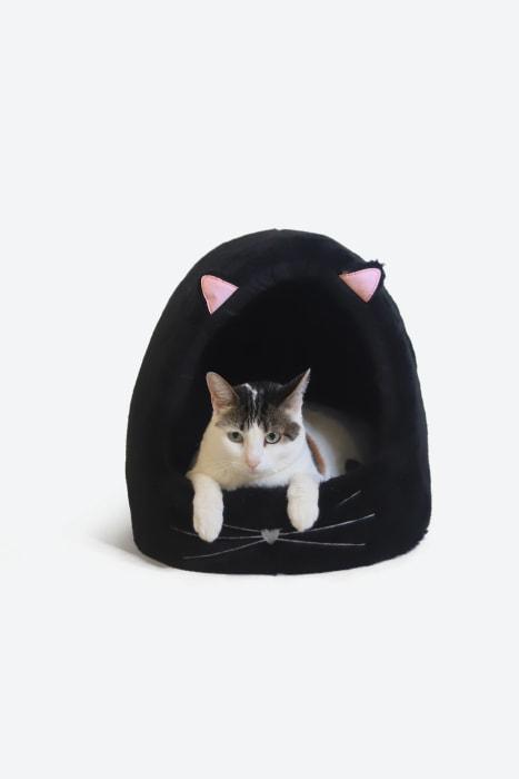 cama-de-gato-toca-dos-sonhos-preta-03
