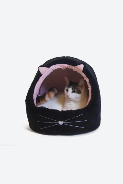 cama-de-gato-toca-dos-sonhos-preta-rosa-03