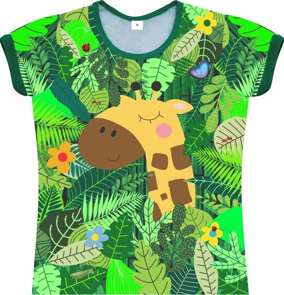 Camiseta Infantil Feminina Girafa na floresta frente