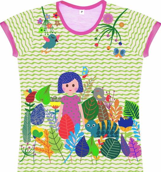 Camiseta Infantil Feminina Menina no Jardim frente